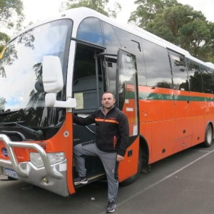 rob-standing-next-to-his-bus